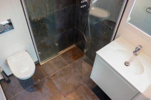 Det lille, luksuriøse badeværelse