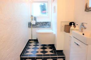 Badeværelse i frisørsalon